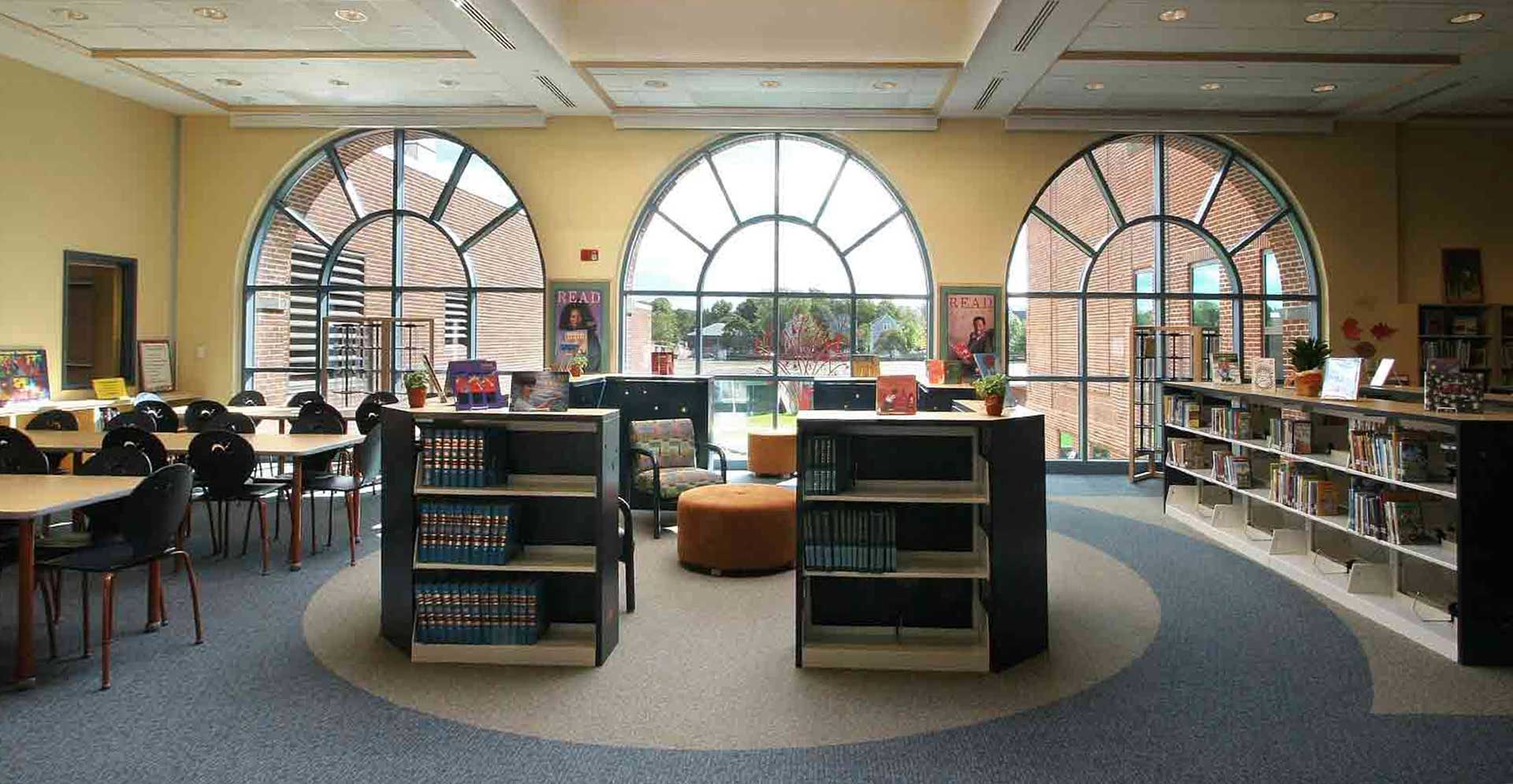 CLINTON_LIBRARY_MAIN_READING_AREA_CROPPED-AND-FIXED.jpg