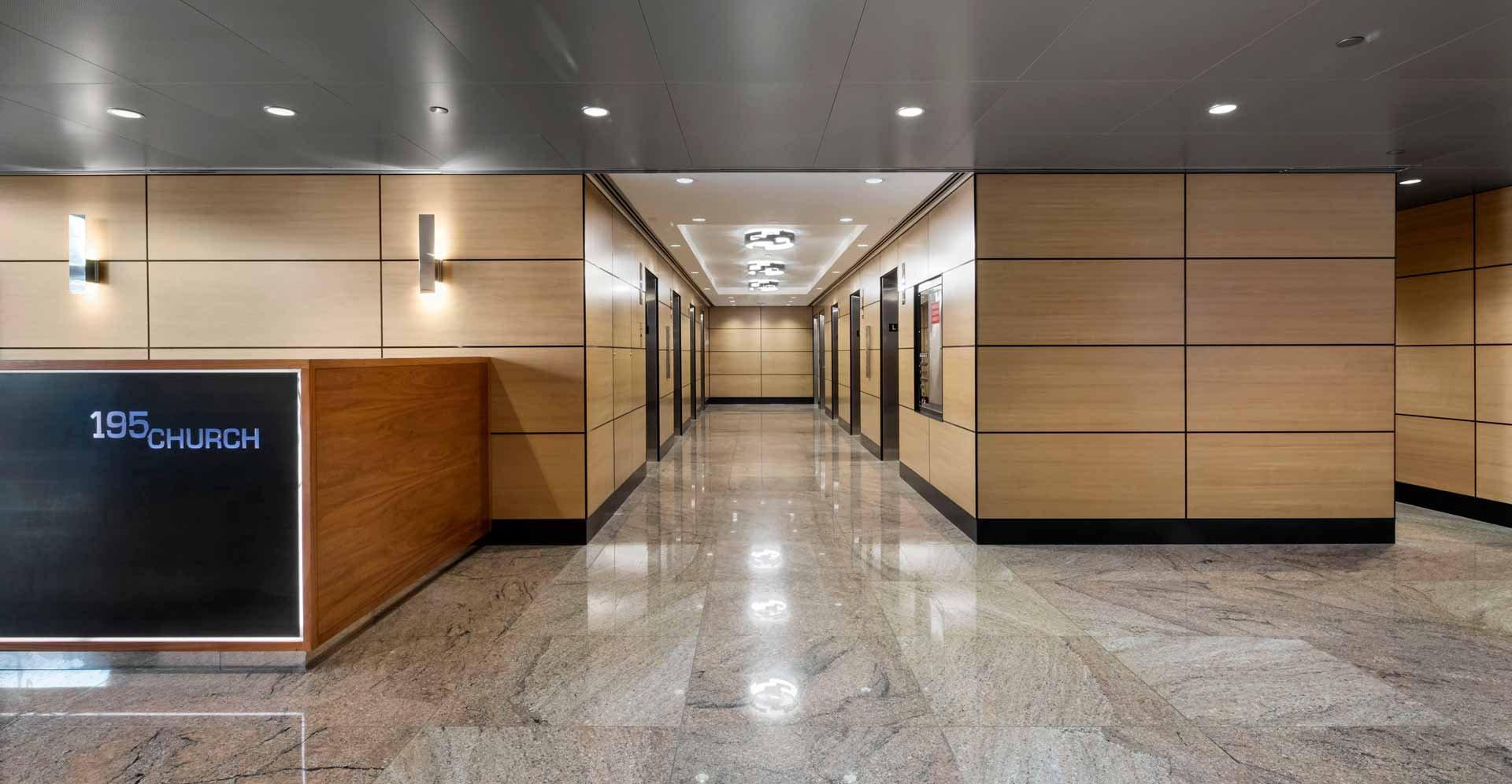 195-a-lobby-02-hall.jpg