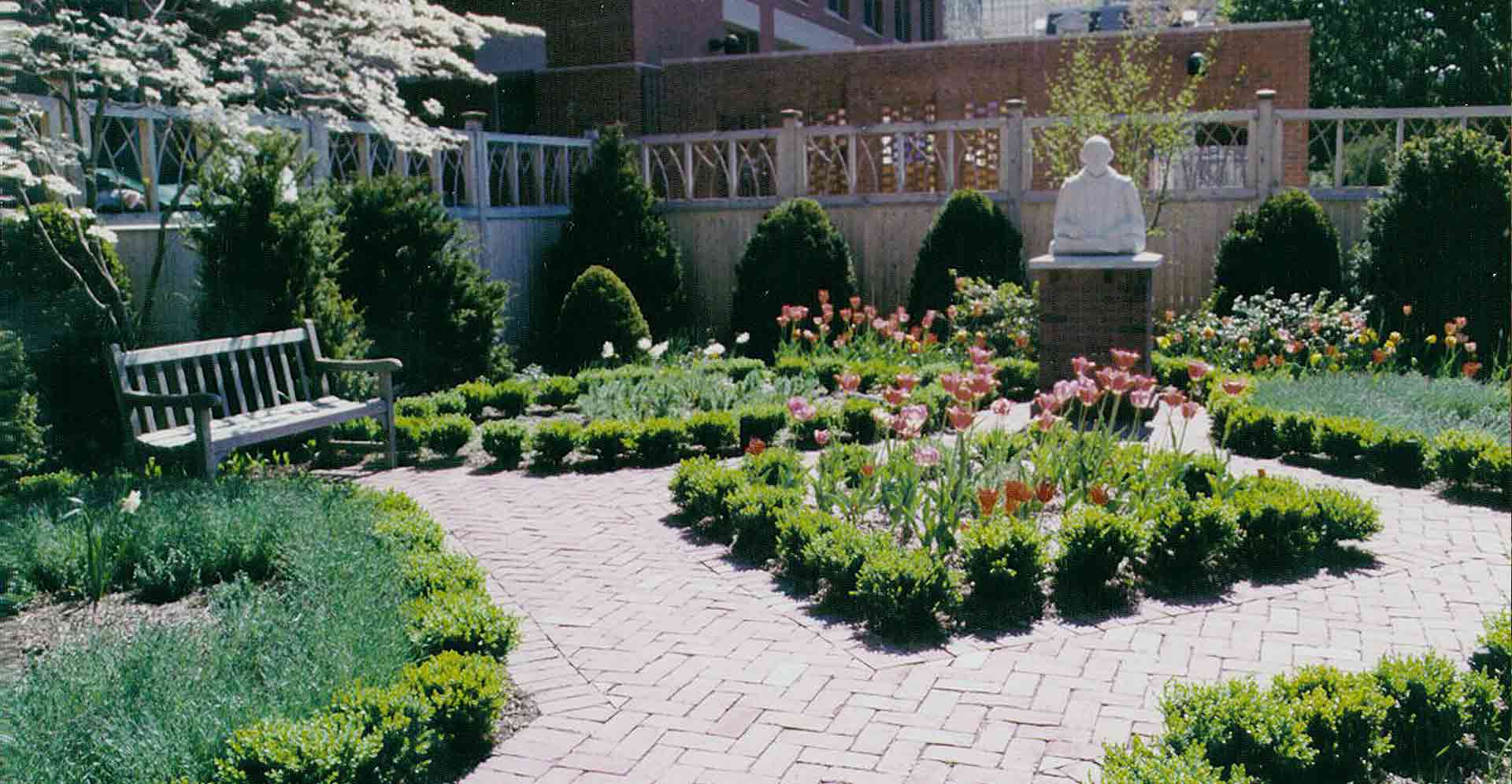 ELIZABETHAN-LIBRARY-GARDEN-BRICK-WALKWAY-AND-STATUE.jpg