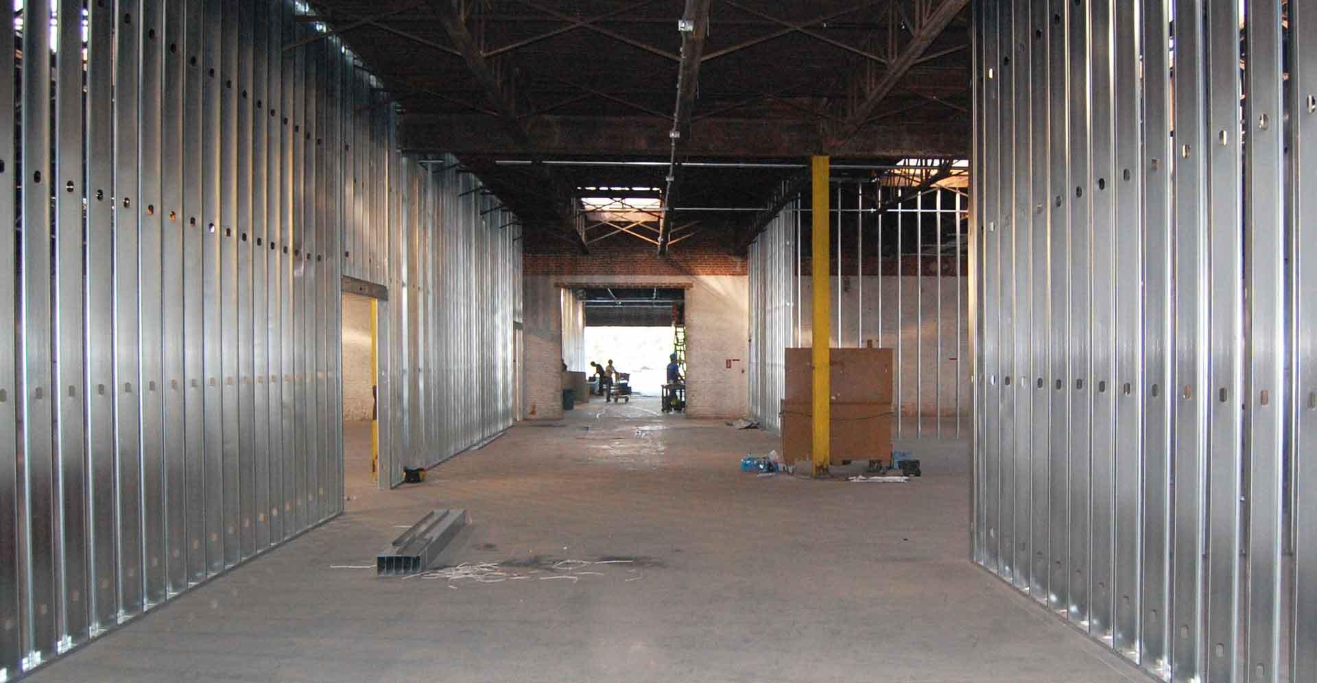 District-4b_hallway1_0083-aug.jpg