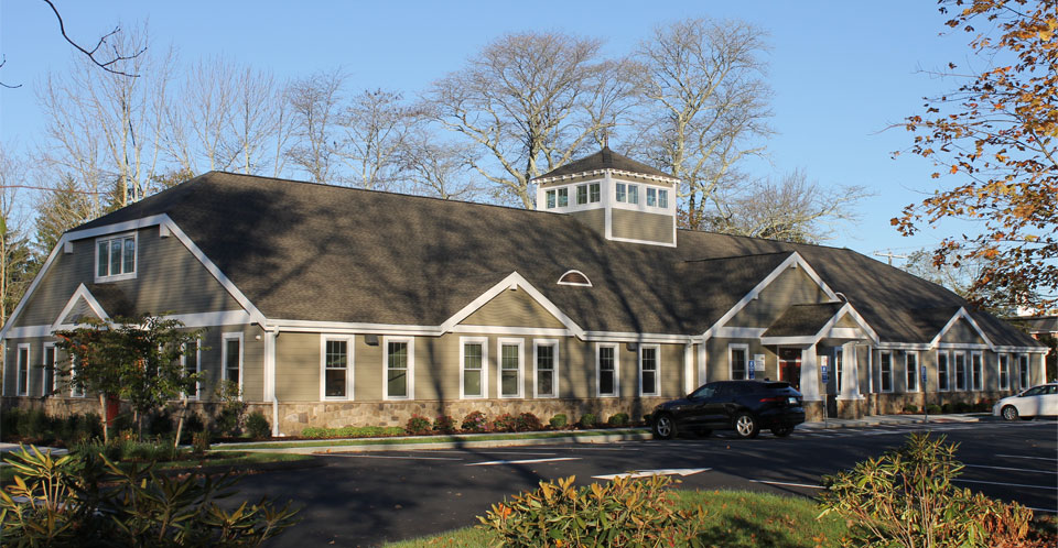 East Lyme dental building arts and crafts style